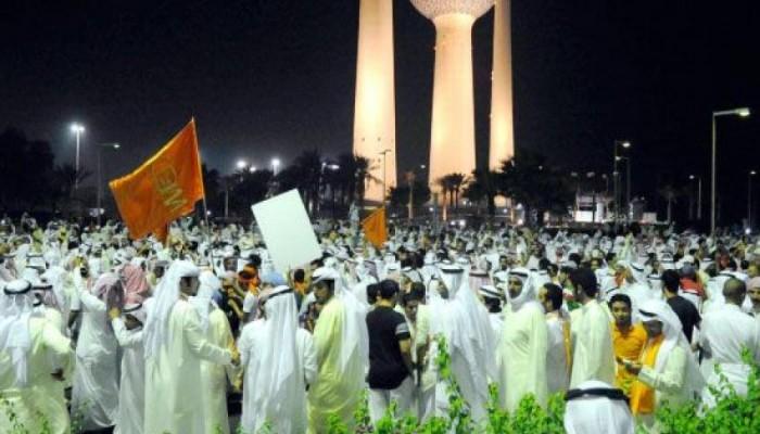 الكويت ترحل 11 سعوديا شاركوا بساحة الإرادة
