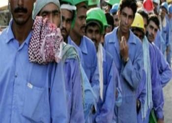 سيدة أجنبية تتبنى مساعدة 53 ألف عاملا مغتربا في الإمارات