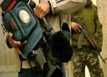 الحكومة العراقية تحكم قبضتها على الإعلام بمزيد من الإنتهاكات