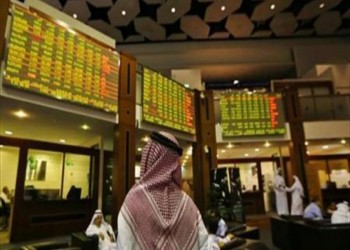 صعود بورصتي أبوظبي ومصر بدعم من أسهم البنوك وتراجع المؤشر القطري