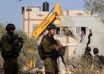 في الضفة الغربية نهب تحميه قوة إسرائيل العسكرية