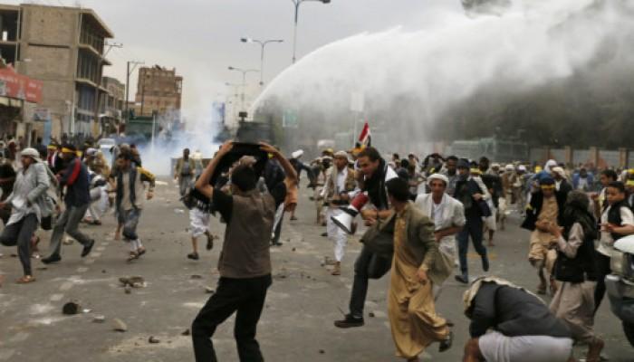 مقتل شخص وإصابة آخرين في إخلاء قوات الأمن لاعتصامات «الحوثيين» في صنعاء