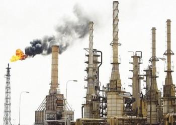 فورين بوليسي: انخفاض أسعار النفط لغز في ظل اشتداد الحروب والقلاقل العالمية