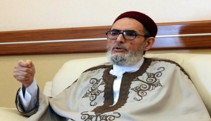 مفتي الديار الليبية: مصر والإمارات ستندمان إن ثبت تورطهما فى قصف ليبيا