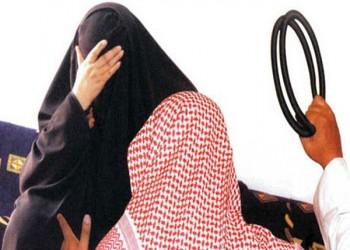 سجن عام و600 جلدة لشاب سعودي هدد والدته بالقتل ونعتها بـ«الفاجرة»