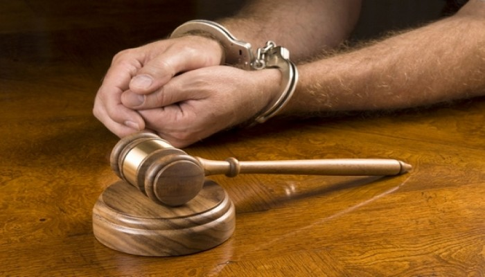 الحكم بسجن 12 بحرينيا في قضية هروب من السجن