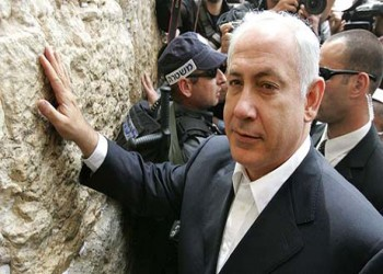موقع «ديبكا» الاستخباراتي الإسرائيلي: تحالف مصري سعودي إماراتي لدعم انتخاب «نتنياهو»