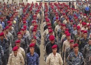 القوات الأمريكية تدرب الجيش العراقي في قواعد في الأنبار والتاجي