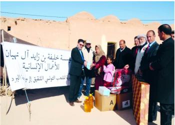 الإمارات توزع مساعدات شتوية على 4500 أسرة في جنوب تونس