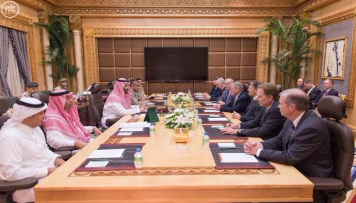 «محمد بن سلمان» يبحث مع مسؤولين أمريكيين تعاون واشنطن في «عاصفة الحزم»