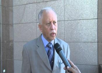 وزير الخارجية اليمني يصل القاهرة لبحث تطورات الأوضاع في بلاده