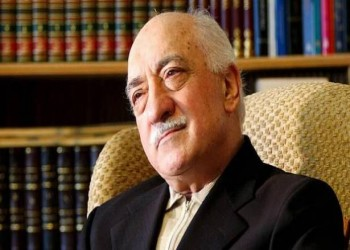 حركة الخدمة التركية والخطيئة الكارثية