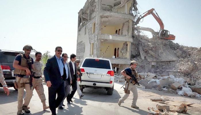قوة إماراتية تتولى حماية القصر الرئاسي في عدن تمهيدا لعودة «هادي»