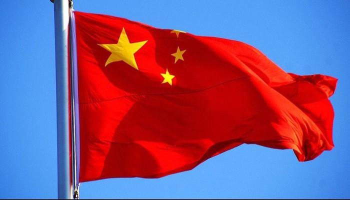 الصين تبدي تحفظها على التهديد الإيراني بإغلاق مضيق «هرمز»