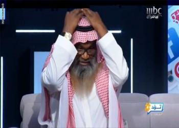 جدل في السعودية بعد ارتداء الكلباني للعقال على الهواء
