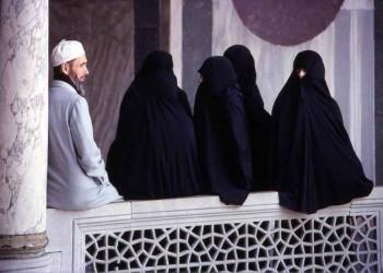 «عبدالله المطلق»: تعدد الزوجات ضروري هذه الأيام