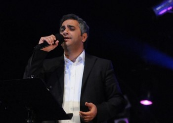«فضل شاكر» يتراجع عن الاعتزال ويغني في رمضان
