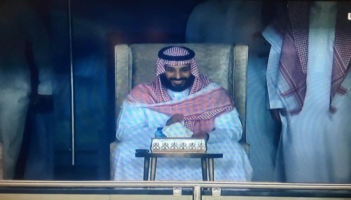 «بن سلمان» يفاجئ السعوديين بحضور مباراة المنتخب مع اليابان
