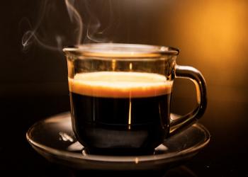 القهوة.. هل تخفف آلام الصداع؟أم أحد أسبابه؟