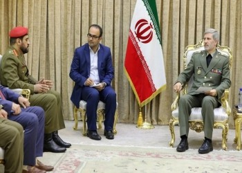 اجتماع عسكري بين إيران وسلطنة عمان في طهران