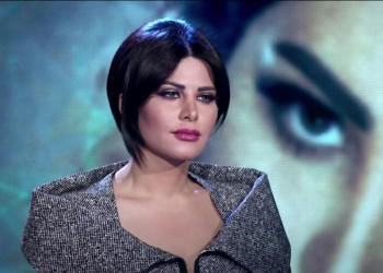 """فيديو.. """"شمس الكويتية"""" تهين عاملا مصريا"""