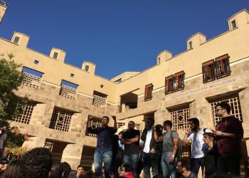 رئيس الجامعة الأمريكية بالقاهرة: نبحث عن حلول لمواجهة زيادة المصروفات بعد ارتفاع الدولار