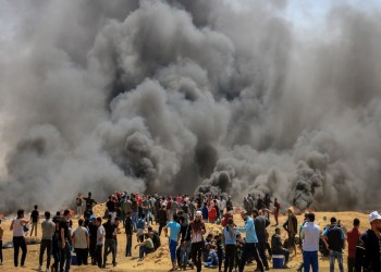 الآلاف يخرجون في جمعة «الكوشوك» بغزة.. و(إسرائيل) تطلق الرصاص والغاز