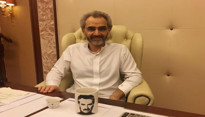 «بن طلال» و«الحكير» يجريان محادثات للاقتراض من بنوك