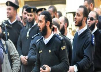 حجّ الزعيم اليساري المغربي. ولحى الضباط المصريين!
