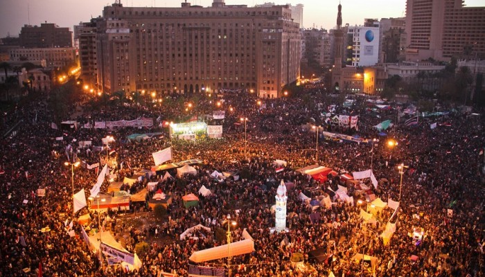 الذكرى الثامنة لـ25 يناير بمصر.. ثورة في الدساتير ومؤامرة في الإعلام