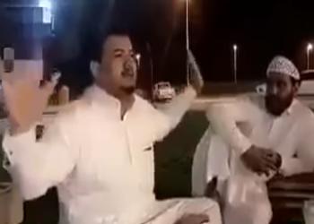 بالفيديو.. «كفيل سعودي» يتفاخر بإهانة عامل مصري وحرمانه أجرته