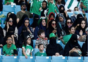 السعودية تسمح للمرأة بحضور احتفالات اليوم الوطني.. وطموحات بالمزيد