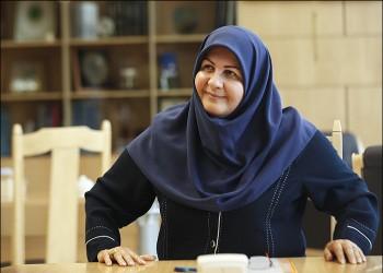 «مرضية شاهدايي».. أول امرأة إيرانية في منصب وكيل وزارة