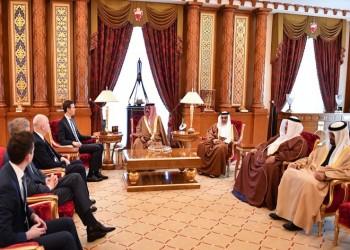 ملك البحرين يستقبل كوشنر وغرينبلات بالمنامة لبحث صفقة القرن