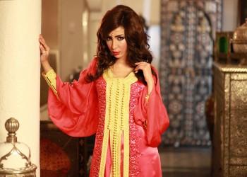 المغنية المغربية «بطمة»: الغناء حرام وسأتوب يوما ما