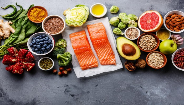 8 نصائح لصحة أفضل عبر نظام غذائي صحي ومتوازن