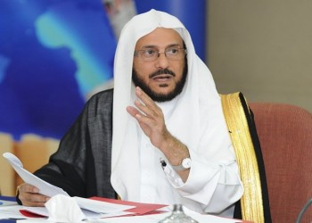 رئيس الهيئة السابق: المجتمع السعودي كان يحرم الملاعق والتلفزيون