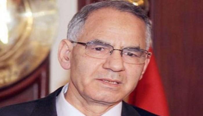 وزير مصري في عهد «مرسي» يواجه الموت في «العقرب»