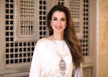 """المطربة """"أحلام"""" تصف ملكة الأردن بـ""""فخر المرأة العربية"""""""