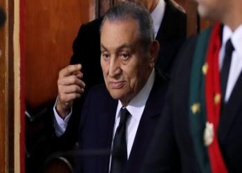 مبارك يدلي بشهادته في قضية اقتحام الحدود في حضور مرسي