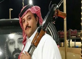 بالفيديو.. الأمير السعودي «ناصر بن نواف» ينفي خبر اعتقاله