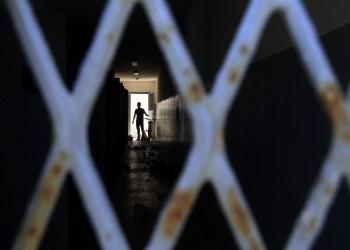 «رايتس ووتش» تتهم السعودية بتكثيف الاعتقالات والمحاكمات ضد الكتاب والمعارضين