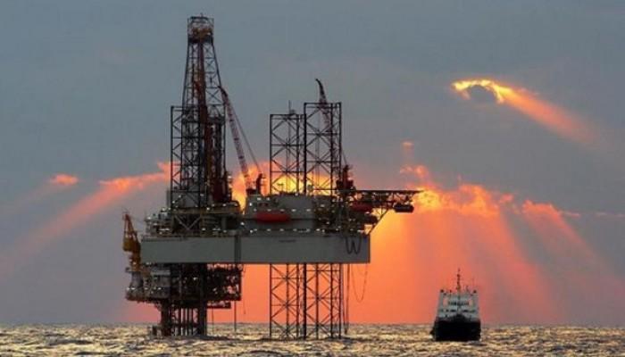 السعودية تبقي على حجم إمدادات النفط لآسيا دون تغيير في مايو