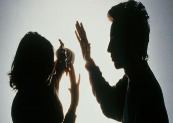 الشرطة الكويتية تبحث عن مواطن «حلق شعر رأس» زوجته