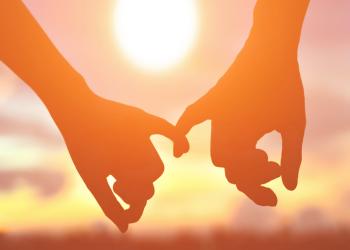 دراسة: التفكير في شريك الحياة يحمي من ارتفاع ضغط الدم