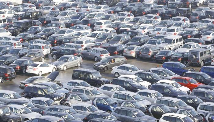 مصر تعلق خفض جمارك السيارات الأوروبية
