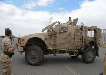 الحوثيون يستعرضون في صنعاء بآليات عسكرية إماراتية