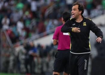 التشيلي «سييرا» باقٍ في تدريب «اتحاد جدة» لموسم إضافي