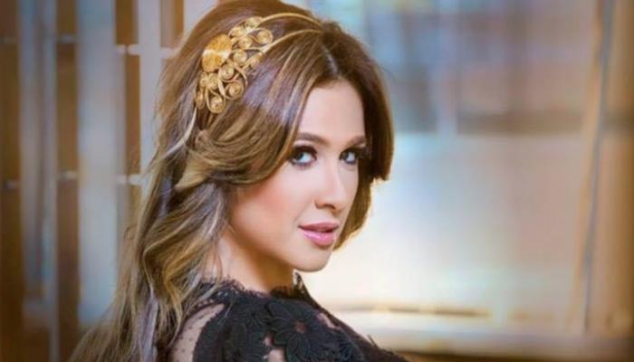 بعد 17 عاما زواج.. الممثلة ياسمين عبدالعزيز تعلن انفصالها