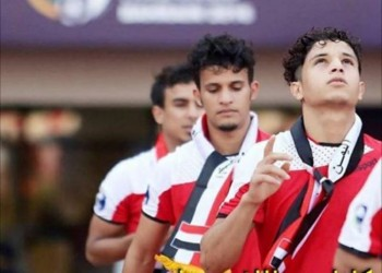 أموال «فيفا» وعودة الدوري تهددان حياة لاعبي الكرة اليمنية